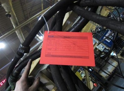 Wycieki hydrauliki, pneumatyki mogą być przyczyną niebezpiecznego zdarzenia